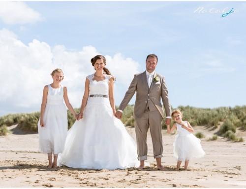 Trouwfotografie Brielle, Rockanje strand en kerk Simonshaven   Linda en Patrick