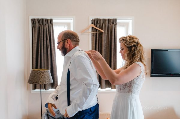 Vanessa en Julian – Voorbereidingen bruid