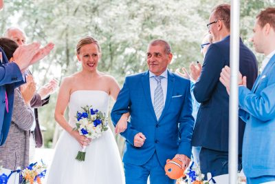 journalistieke trouwfoto van de ceremonie