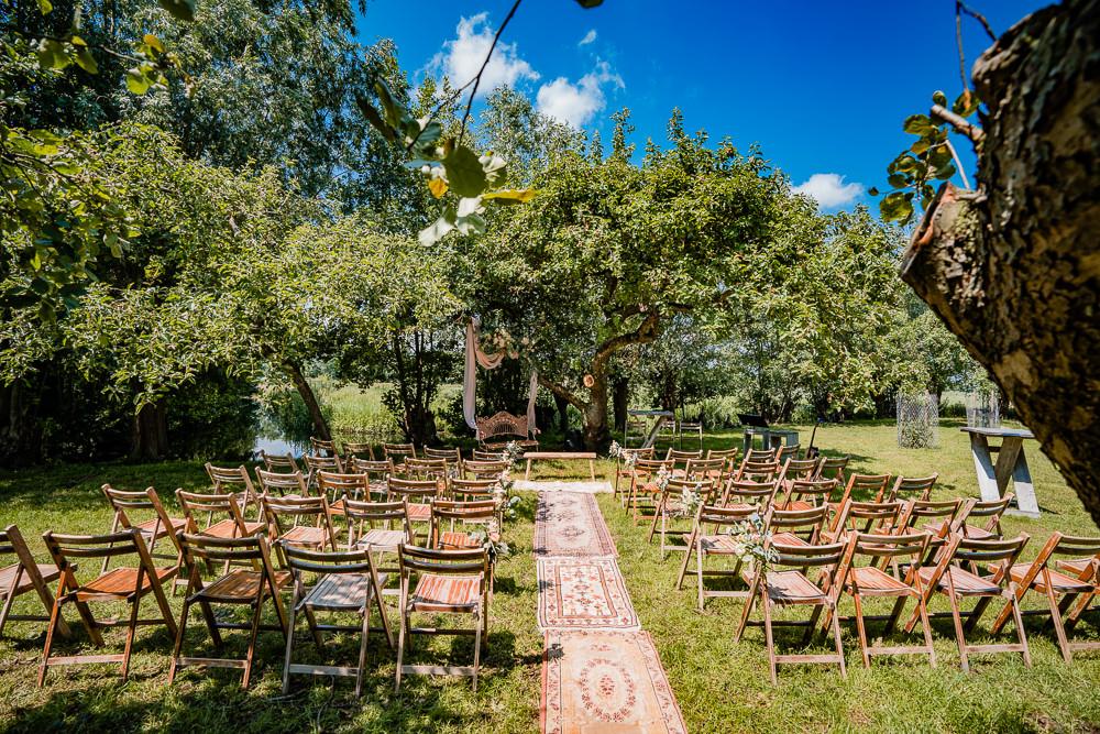 Trouwen in een appelboomgaard in Benschop